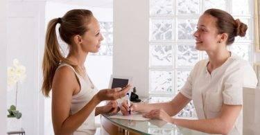 A importância de uma boa secretária para clínicas e consultórios