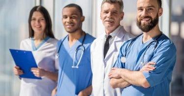 Saiba como montar uma equipe para sua clínica médica