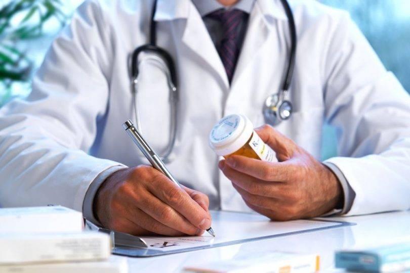 Entenda a relação entre o médico e a indústria farmacêutica